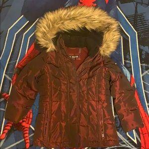 Boys STEVE MADDEN winter coat. Size 5/6. Burgundy